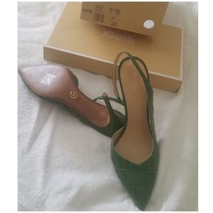Michael Kors Green Eliza pump embossed